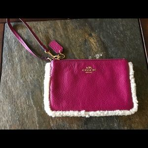 Coach fuchcia leather fur trim wristlet EUC
